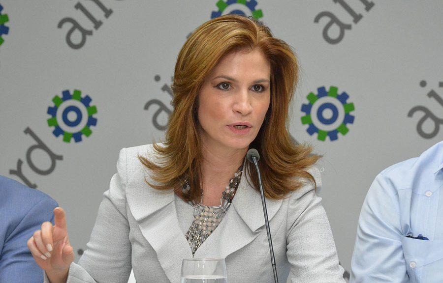 """Photo of Circe Almánzar: """"No podemos seguir ajustando nuestra Constitución a intereses particulares"""""""