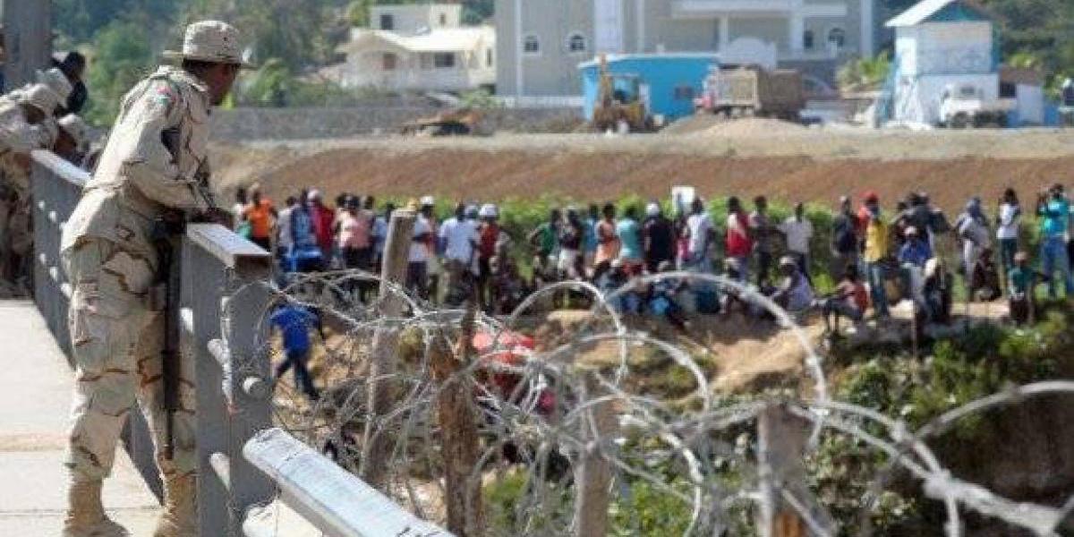 Photo of Ex director de Migración dice es necesario construcción de muro en frontera con Haití