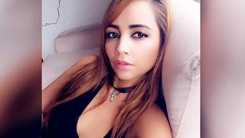 Photo of Monja colombiana deja los hábitos ¡para convertirse en actriz porno!