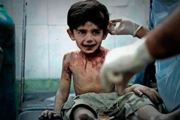 """Photo of """"VOY A CONTARLE TODO A DIOS"""", DICE UN NIÑO ANTES DE MORIR EN SIRIA"""