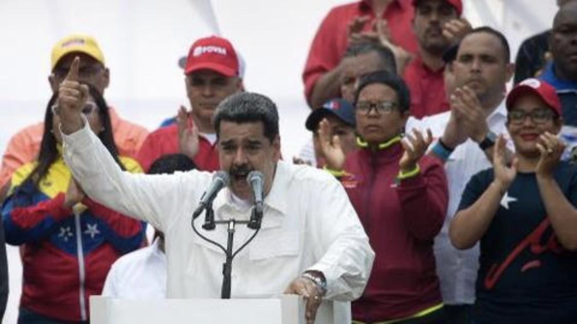 """Photo of Maduro anuncia """"reestructuración profunda"""" de su gobierno"""