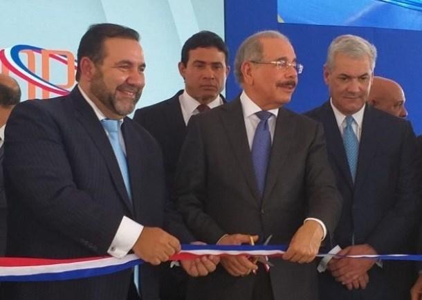 Photo of ATRÁS DE LO SUYO: Rogelio Genao, secretario PRSC, pide a Danilo Medina reelegirse