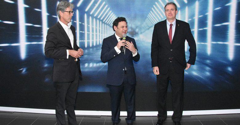 Photo of Porsche anuncia la llegada de su nuevo vehículo