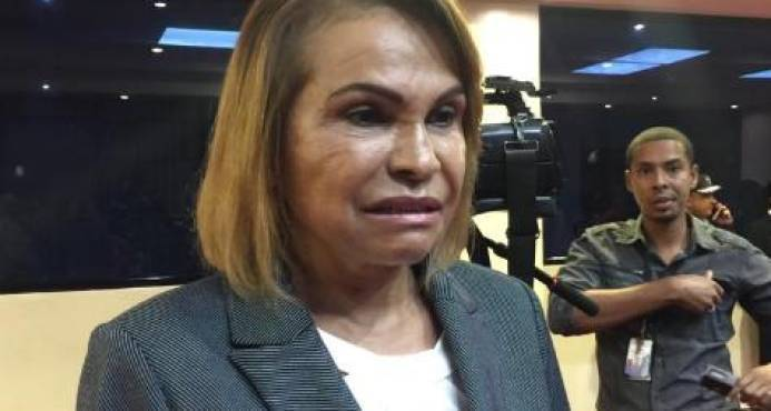 Photo of Sonia Mateo solo trabajó 4.10 horas en casi un año, cobrando 320mil pesos mensuales