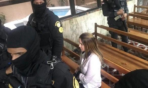 """Photo of Ratifican prisión a Marisol Franco; ella dice han cometido un """"verdadero abuso"""""""
